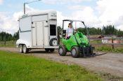 horse_trailer