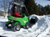 snow_bucket2
